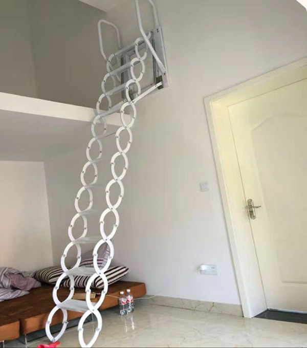 壁挂款伸缩楼梯01