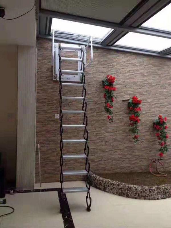 壁挂款伸缩楼梯03