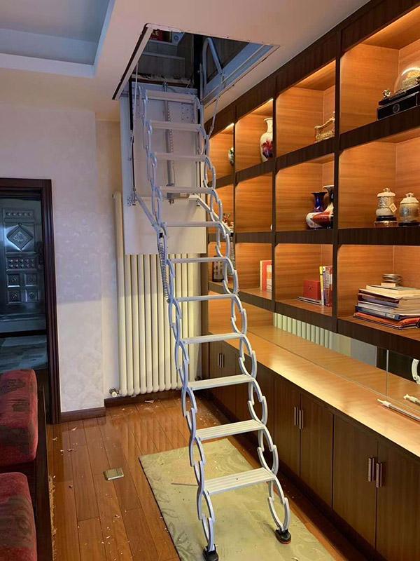 电动款楼梯02